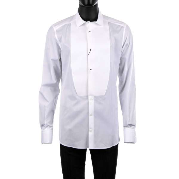 Tuxedo Hemd mit kurzem Kragen und starrem Plastron veredelt mit Schmuckknöpfen von DOLCE & GABBANA - GOLD Line