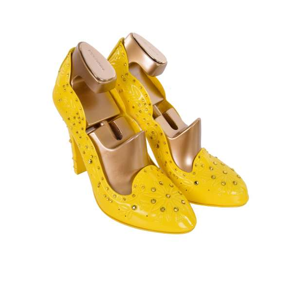 Cinderella Pumps made of PVC embellished with rhinestones including wooden gold shoe stretchers by DOLCE & GABBANA Black Label
