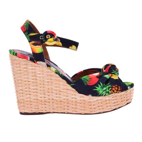 Tropical printed Wedges / Plateau Sandals BIANCA with straw woven heel in black by DOLCE & GABBANA Black Label