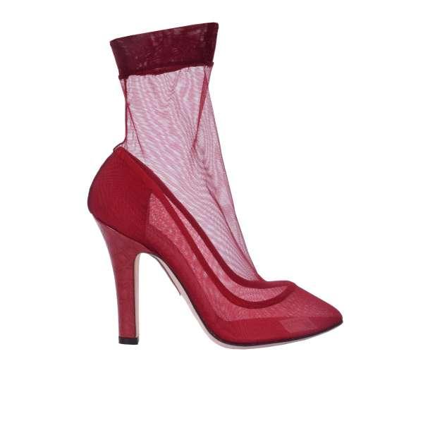 Socken-Pumps aus Spitze mit Absatz aus Krokodilleder in rot von DOLCE & GABBANA Black Label