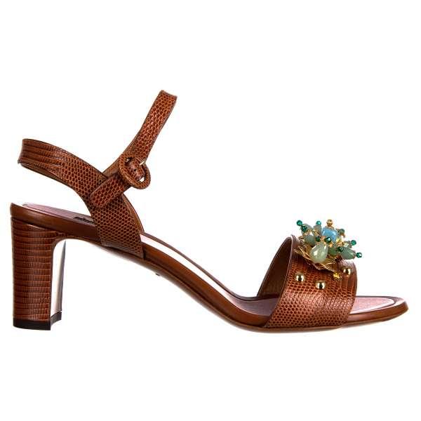 Riemen-Sandalen aus Leder mit Eidechse Struktur mit floralem Schmuck aus Perlen, Strass und Nieten von DOLCE & GABBANA Black Label