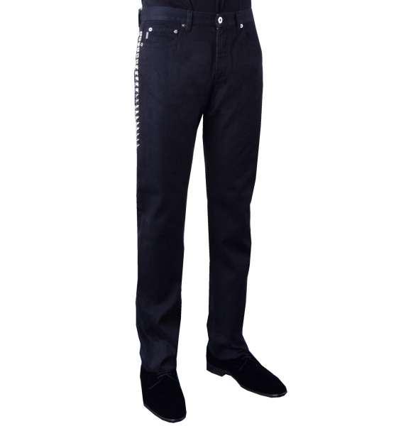 Gerade Geschnittene Jeans mit Einsätzen us Metall von MOSCHINO First Line