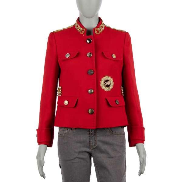 Royal Military Uniform Jacke aus Schurwolle mit Handstickerei, Perlen und Kristallen Applikationen in königlichen Stil von DOLCE & GABBANA Black Label