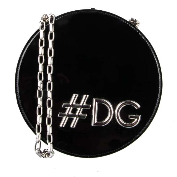 Schultertasche / Clutch DG GIRLS in Kreis-Form aus Lackleder mit großem #DG Hashtag und Kettenriemen aus Metall von DOLCE & GABBANA