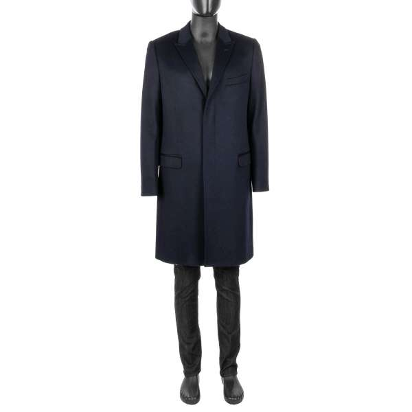 Classic single-breasted Coat MARTINI made of virgin wool and cashmere with hidden three buttons line by DOLCE & GABBANA