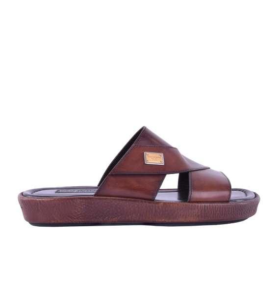 Patent calfskin sandals MEDITERRANEO withlLogo plaque by DOLCE & GABBANA Black Label
