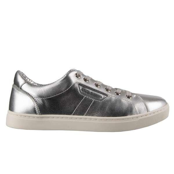 Klassische Sneaker LONDON aus Nappa Leder in Silber mit Logo-Schild von DOLCE & GABBANA