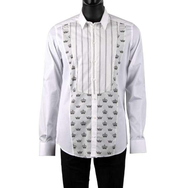 Tuxedo Hemd mit kurzem Kragen und weichem Plastron mit Kronen und Streifen Print von DOLCE & GABBANA - GOLD Line