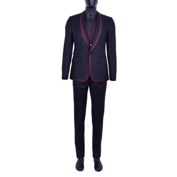 3-pieces virgin wool suit with round contrast polka dot reverse in Bordeaux color by DOLCE & GABBANA Black Line