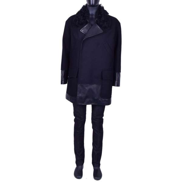 Double-breasted, stuffed, Wide Cut Short Coat made of Virgin Wool and Nappa Leather with a fur collar by DOLCE & GABBANA Black Line