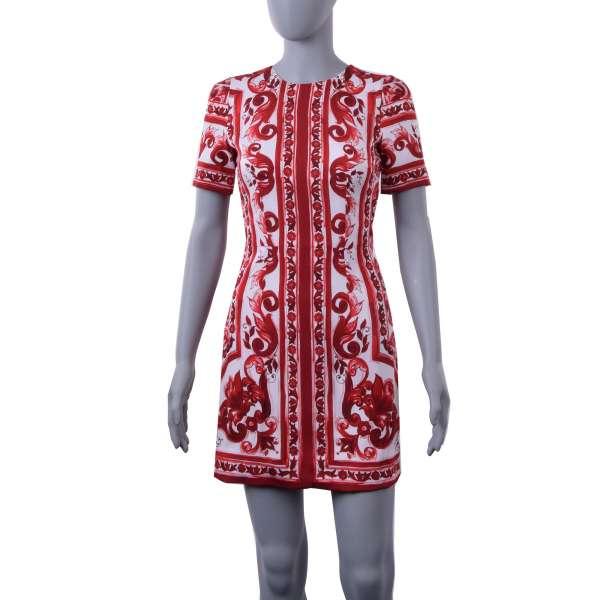 Eng geschnittenes Charmeuse Mini Kleid im Majolika Stil aus Seidenstretch mit Fliesendruck von DOLCE & GABBANA Black Label